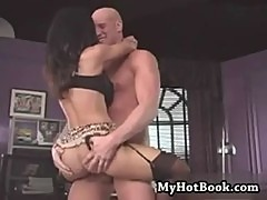 Lisa Ann is hot enough to get you off without ever www.porn-21sextury.com