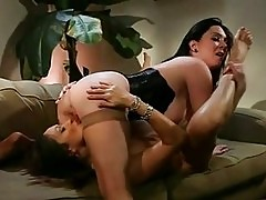 Sluts Rayveness and Michelle gets too hot to handle going wi...