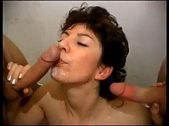 French mature getting 2 cocks